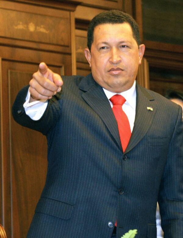 Чавес посоветовал Обаме не связываться с ним