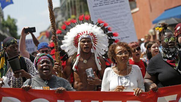 Демонстрация против расизма в Новом Орлеане. 19 августа 2017