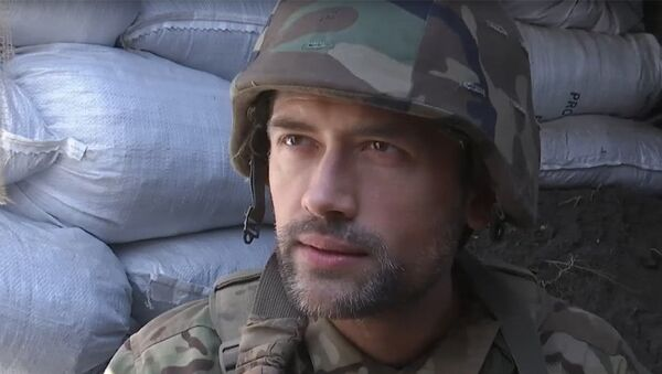 Актер Анатолий Пашинин во время интервью телеканалу ТСН. Стоп-кадр из видеозаписи интервью