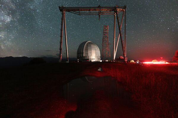 Большой телескоп азимутальный на территории Специальной астрофизической обсерватории РАН