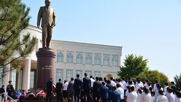 Торжественная церемония открытия памятника первому Президенту Республики Узбекистан Исламу Каримову. 31 августа 2017