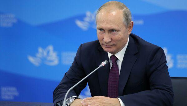 7 сентября 2017. Президент РФ Владимир Путин во время Восточного экономического форума во Владивостоке
