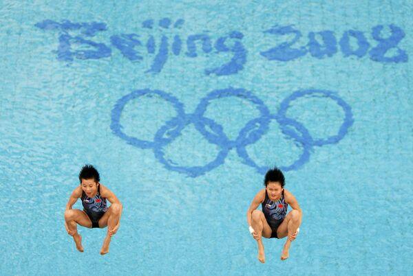 Китайские прыгуньи в воду Ван Синь и Чень Жолинь