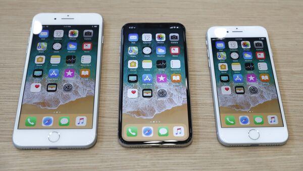 Презентация телефонов iPhone 8 Plus, iPhone X и iPhone 8 в штаб-квартире Apple в Купертино