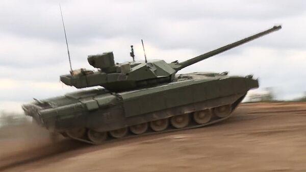 Демонстрация танка Т-14 Армата