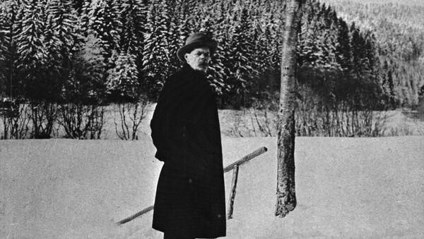 Максим Горький в Шварцвальде на юго-западе Германии. 1921 год.