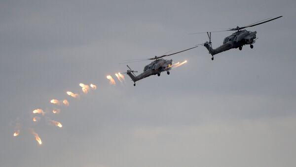 Вертолеты Ка-52 ВКС России во время учений вооруженных сил России и Белоруссии Запад-2017