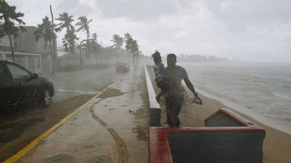 Ситуация на пляже в Сан-Хуане во время урагана