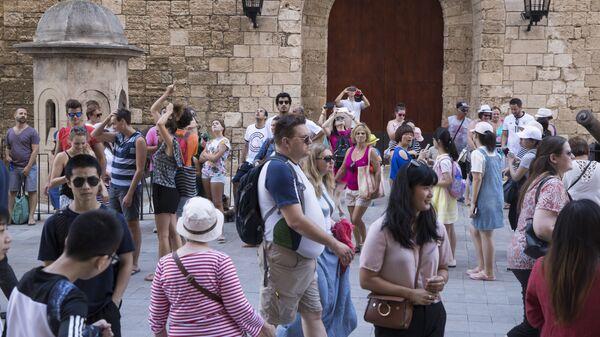 Наплыв туристов в Пальма-де-Майорке, Испания. 12 августа 2017