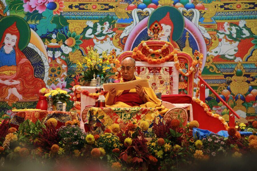 Далай-лама проводит учения для буддистов из России и стран Балтии в Риге 23-25 сентября 2017 года