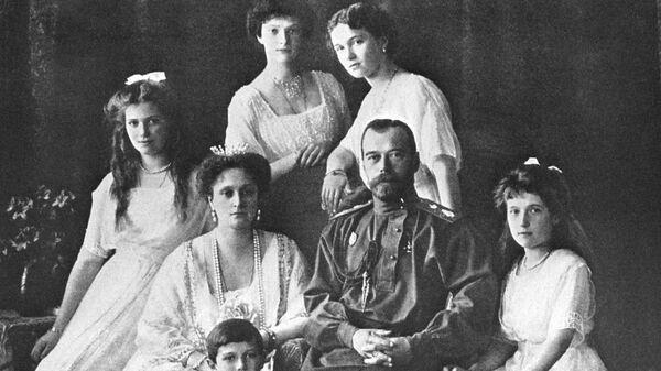 Царь Николай II и его семья в Санкт-Петербурге. Начало 1910-х гг