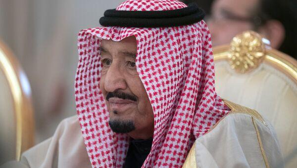 Король Саудовской Аравии Сальман Бен Абдель Азиз Аль Сауд во время встречи с президентом РФ Владимиром Путиным. 5 октября 2017