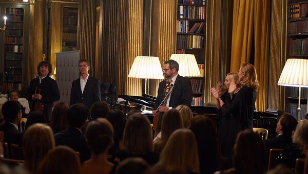 Благотворительный вечер  Gift of Life в Лондоне