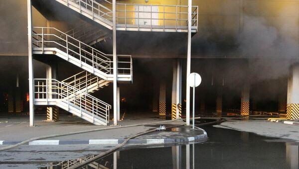 Тушение пожара в торговом комплексе Синдика. 8 октября 2017