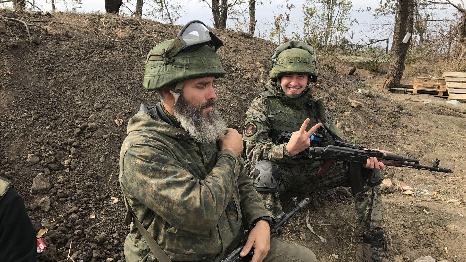 Бойцы разведывательно-штурмового батальона, Донбасс - РИА Новости, 1920, 12.04.2021