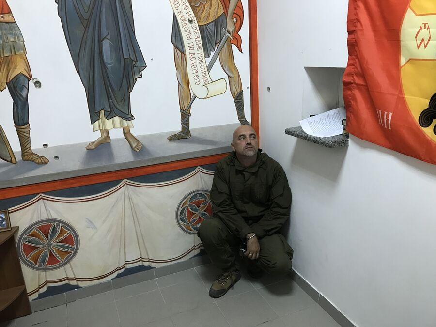 Молельная комната в расположении разведывательно-штурмового батальона, военный объект Прага, Донецк