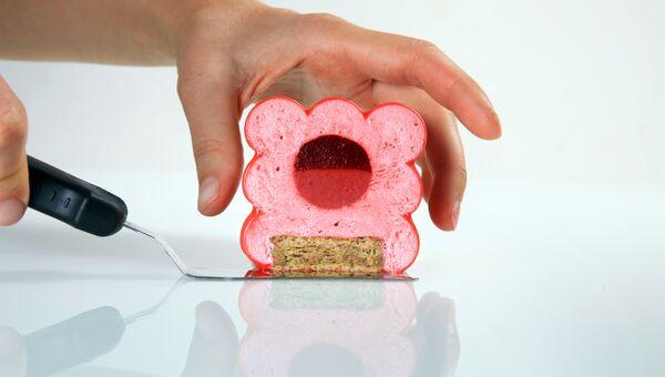 Торт. Архивное ото
