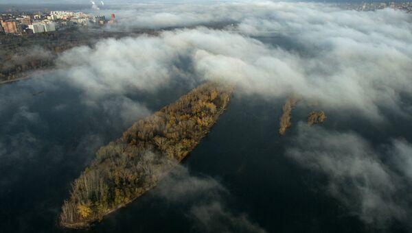 Туман над рекой Обь в Новосибирске