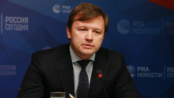 Заммэра Москвы по вопросам экономической политики и имущественно-земельных отношений Владимир Ефимов