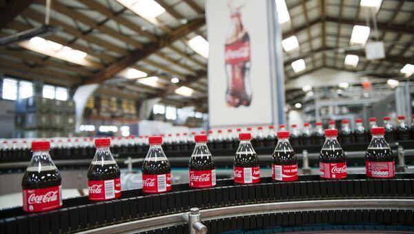 Производство напитка Coca-Cola
