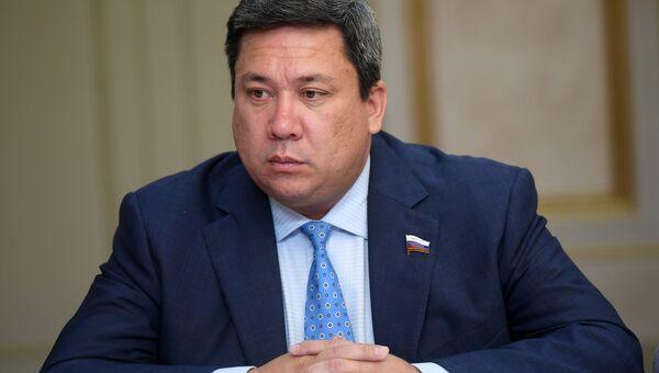 Член Совета Федерации Владимир Полетаев. Архивное фото
