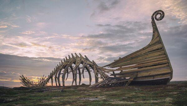 Арт-объект Драккар на острове Вардё, Норвегия