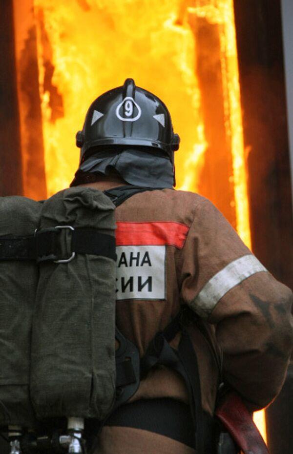 Площадь пожара в здании МАИ составляет 4 тысячи квадратных метров