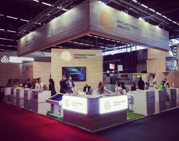 Стенд Russian Timber Industry в выставочном центре Paris Nord Villepinte Exhibition Center