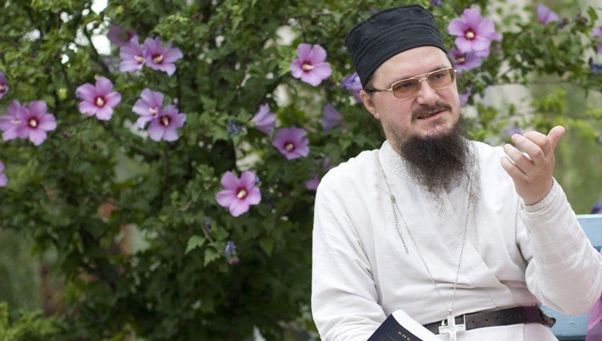 Священник Даниил Сысоев. Архивное фото - РИА Новости, 1920, 20.11.2017