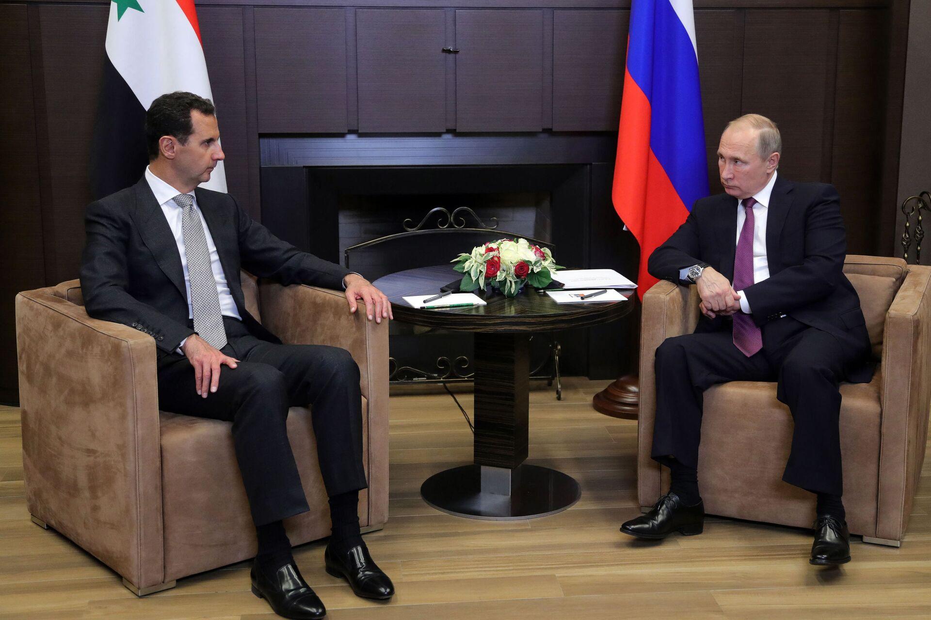 Президент РФ Владимир Путин и президент Сирии Башар Асад во время встречи - РИА Новости, 1920, 28.09.2020