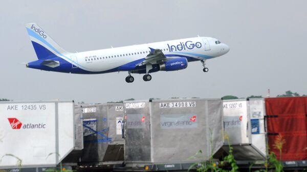 Самолет компании IndiGo