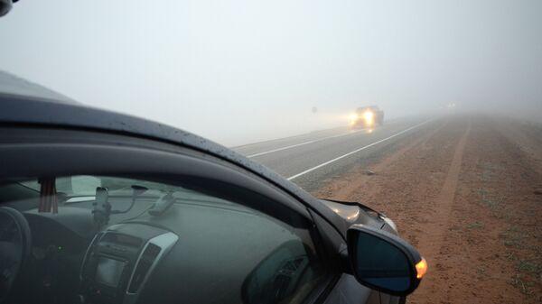 Автомобиль на дороге