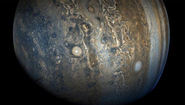 Фотография Южного полушария Юпитера, сделанная космическим аппаратом Juno