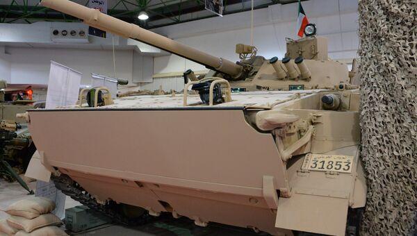 Боевая машина пехоты БМП-3М на международной выставке вооружения и военной техники Gulf Defence & Aerospace-2017 в Эль-Кувейте