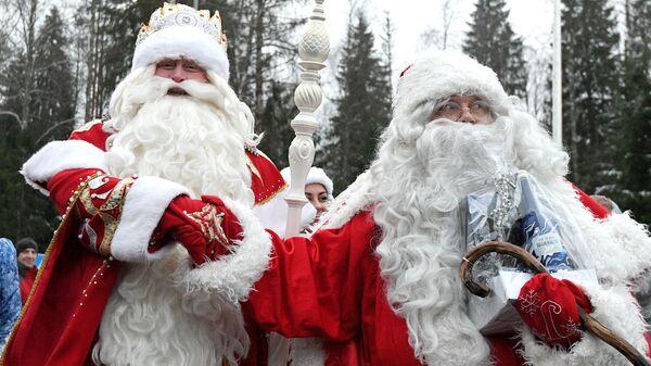 Дед Мороз и Йоулупукки. Архивное фото