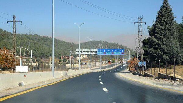 Автодорога в Сирии. Архивное фото