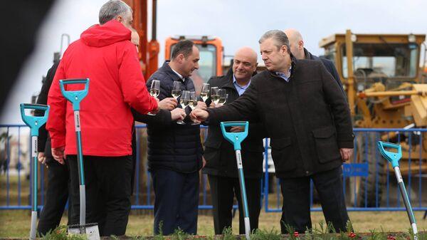 Премьер-министр Грузии Георгий Квирикашвили на церемонии старта строительства глубоководного порта в черноморском городе Анаклия