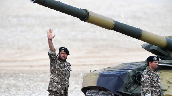 Иранские военнослужащие