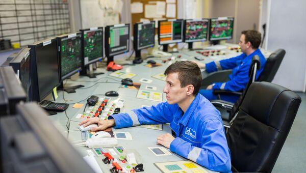 Щит управления ГЭС-1 им. П.Г. Смидовича старейшей действующей электростанции России, обеспечивающей электроэнергией и теплом центр столицы. 28 ноября 2017 года ГЭС-1 исполнилось 120 лет.