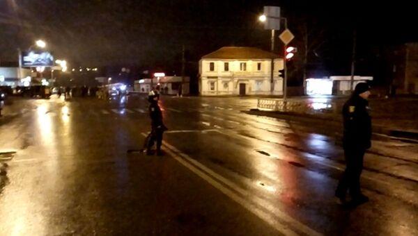 Полиция Харькова оцепила улицу у Укрпочты, где неизвестный взял заложников. Архивное фото