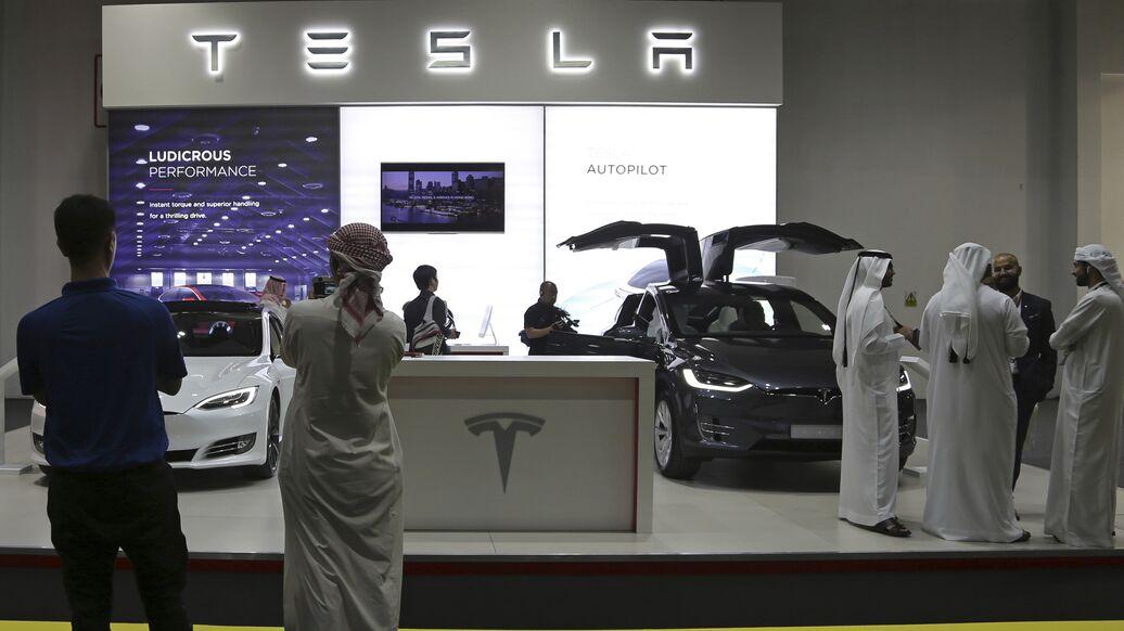 Убытки Tesla по итогам 2018 года составили почти миллиард долларов