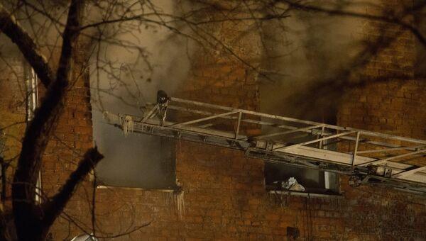 Окно в жилом доме по 5-й Кордной улице в Омске, где произошел взрыв бытового газа. 12 января 2018