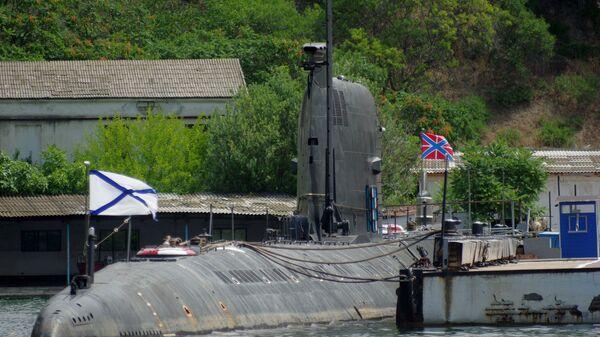 Подводная лодка Б-435 Черноморского флота РФ в Севастополе