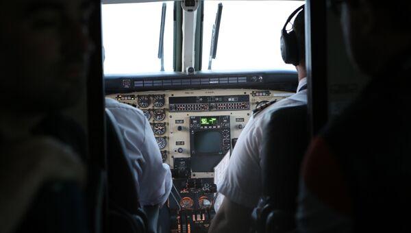 Кабина пилотов самолета. Архивное фото