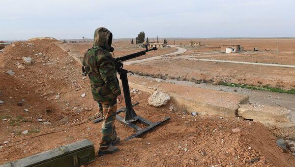 Сирийский военнослужащий в провинции Идлиб. Архивное фото