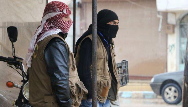 Сирийские бойцы из Отрядов народной самообороны (YPG) в городе Африн. Архивное фото