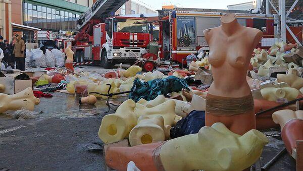 Последствия пожара на рынке Садовод в Москве. 25 января 2018