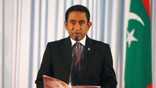 Абдулла Ямен произносит клятву в качестве президента Мальдивских островов во время церемонии приведения к присяге в парламенте в Мале. 17 ноября 2013