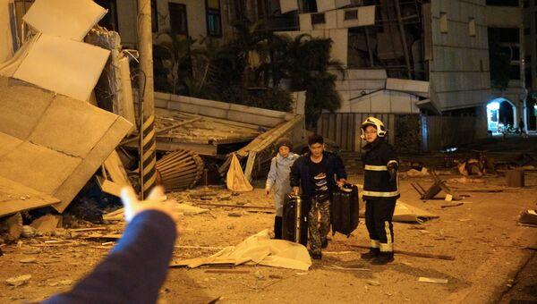 Постадавшие от землетрясения в уезде Хуалянь на Тайване