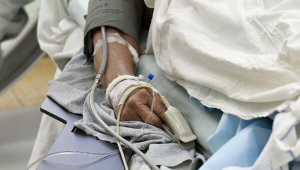 Пациент во время операции на сердце. Архивное фото
